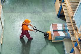 Wholesale inventories / Товарные запасы на складах оптовой торговли